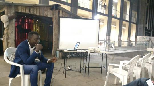 odontólogo Júlio Cá, nascido em Guiné Bissau formado em odontologia na Universidade Federal de Pelotas (UFPel)