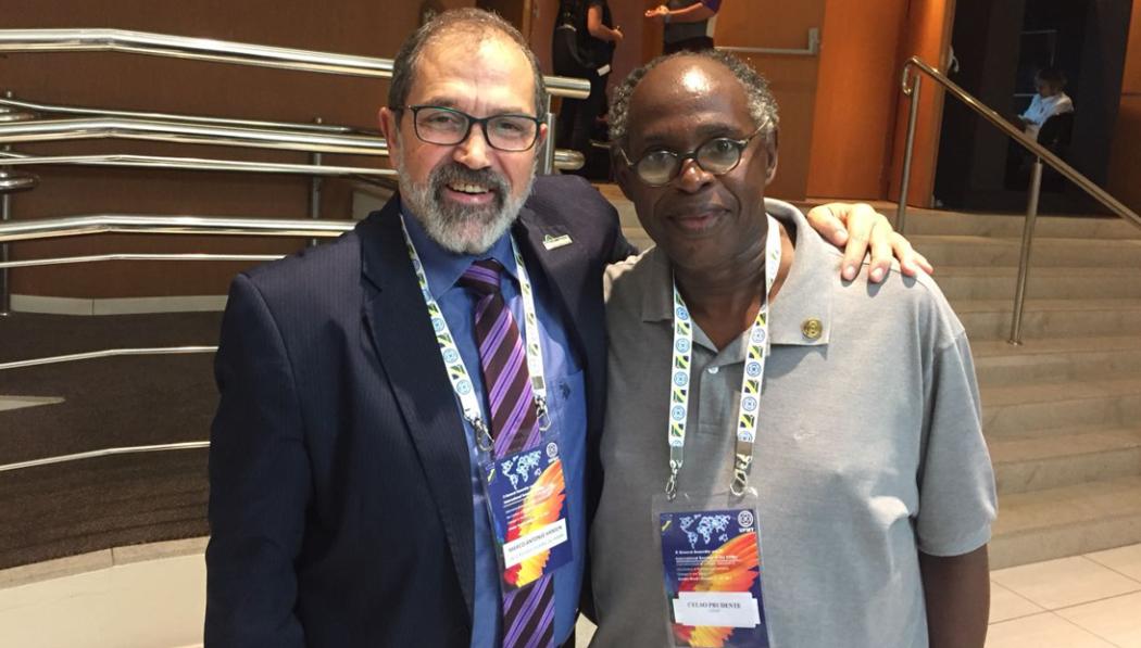 Marco Hansen, reitor da Unipampa, e Celso Prudente, considerado o professor responsável pela arte e pelo cinema negro no Brasil