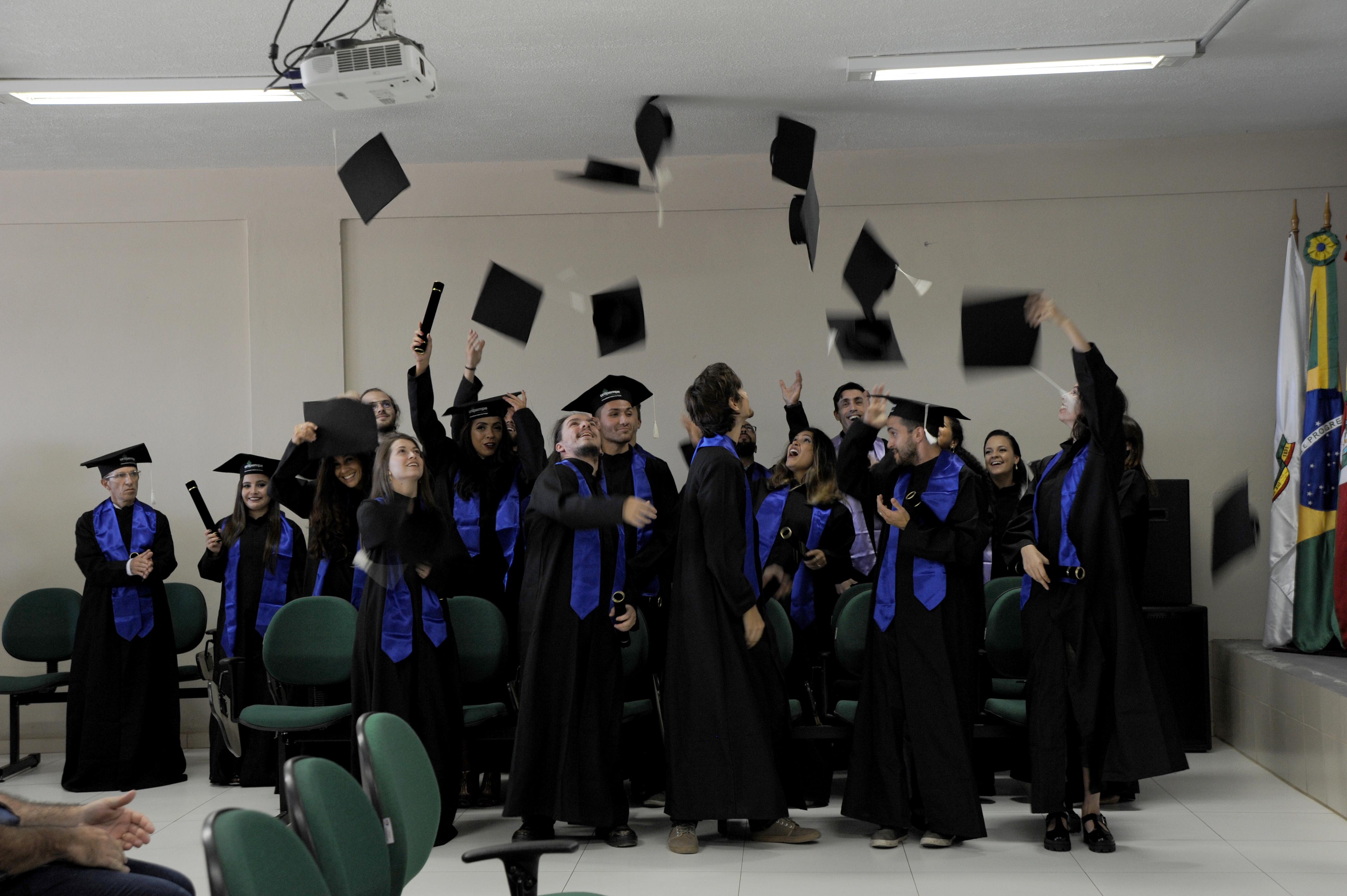 Cerimônia de colação de grau solene interna do Campus Caçapava do Sul