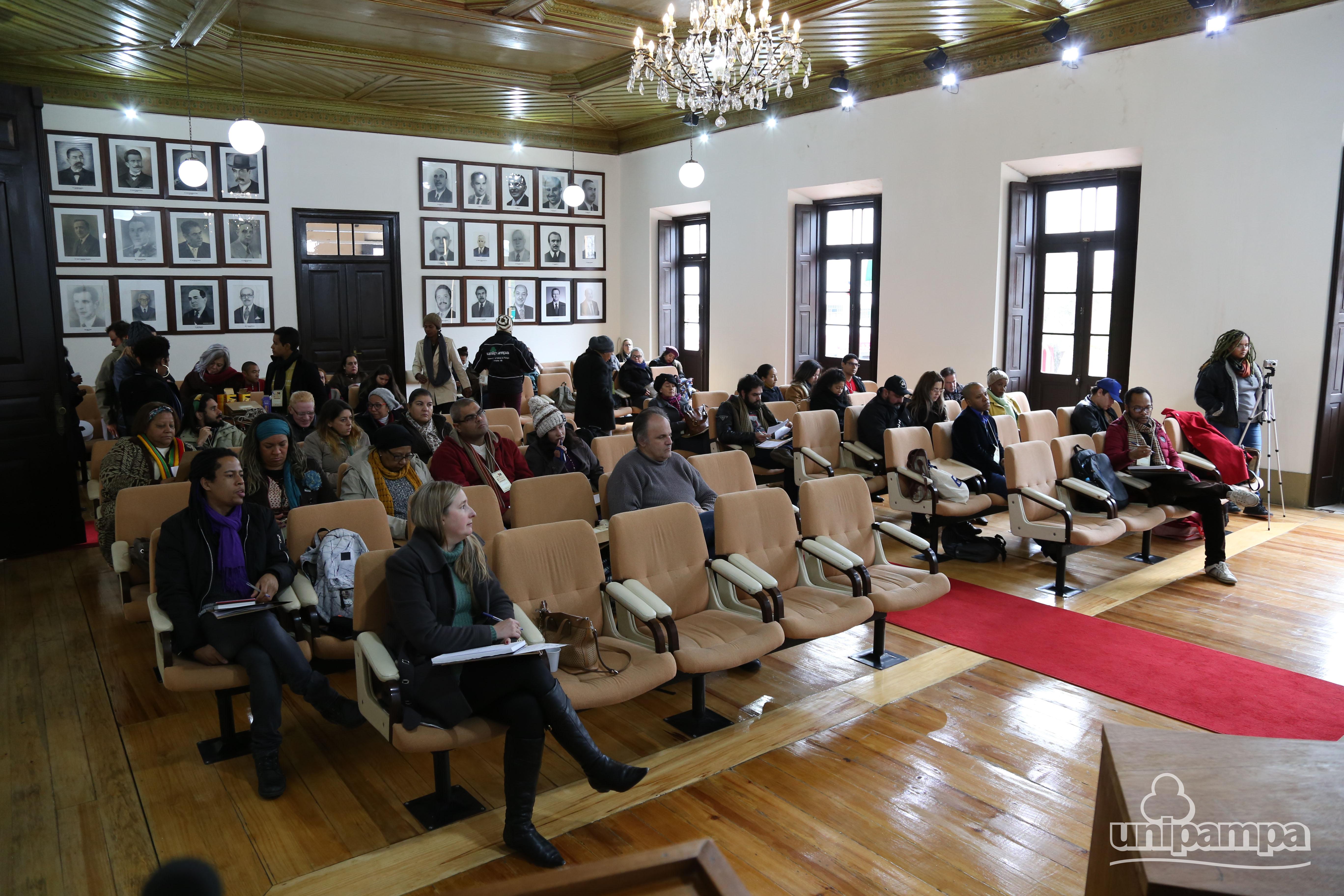 Fórum aconteceu no Salão Nobre da Prefeitura de Bagé - Foto Ronaldo Estevam