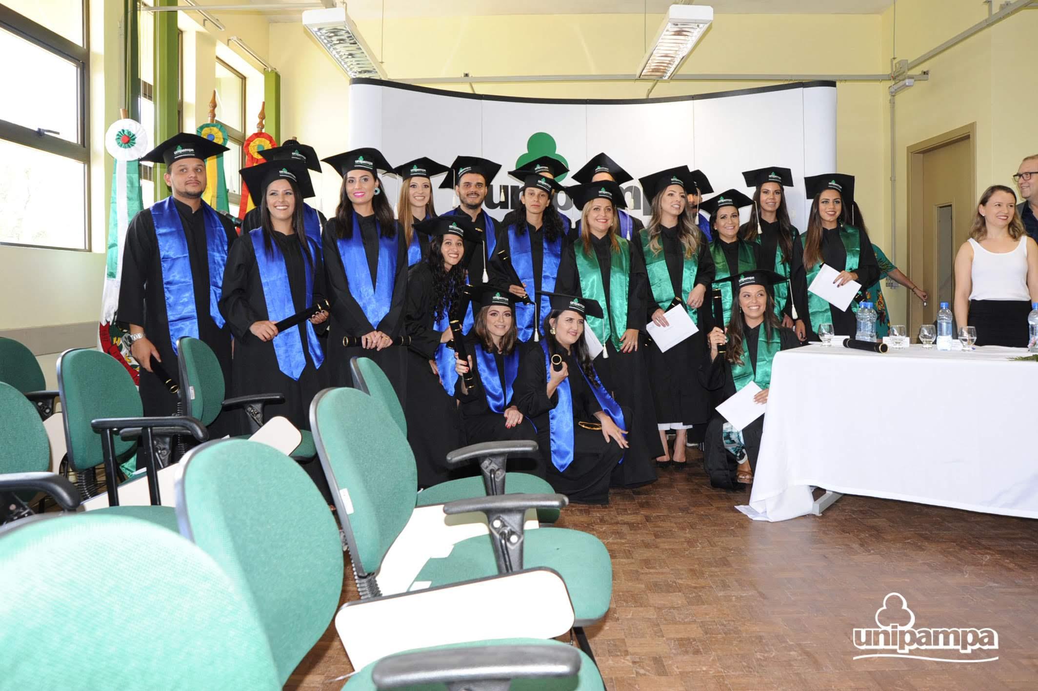 Cerimônia de colação de grau solene interna do Campus Itaqui