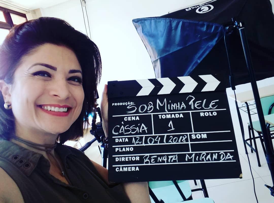 Renata Miranda em gravação do documentário Sob minha pele