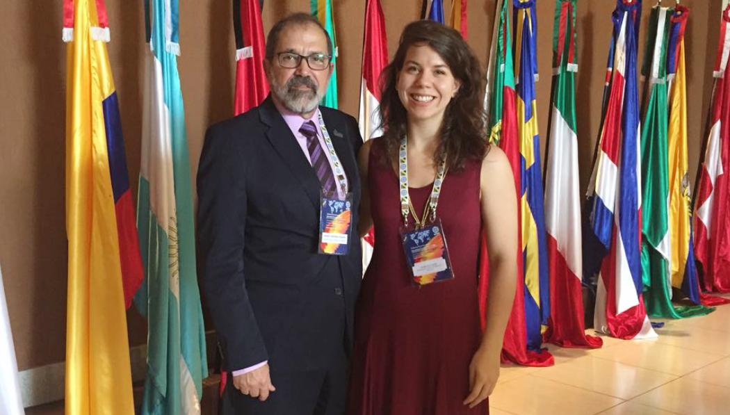 Da direita para a esquerda, secretária de Programas Internacionais da Higher Education Autorithy (HEA), Mariana Reis De Almeida, e reitor da Universidade Federal do Pampa (Unipampa), Marco Hansen.