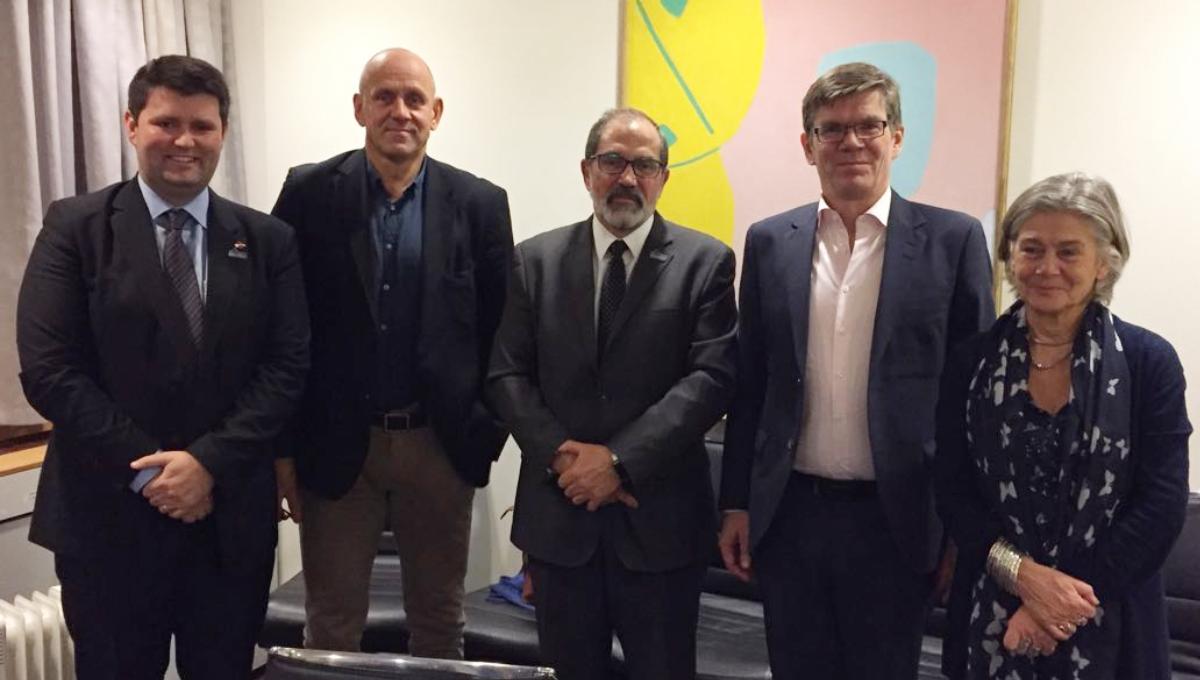 Da esquerda para direita: professor da Universidade Federal do Pampa (Unipampa) Cristian Wittmann, diretor da Faculdade de Matem