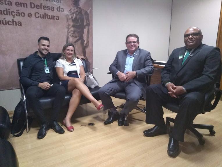 Reitor realiza reunião com o Deputado Federal Ronaldo Santini
