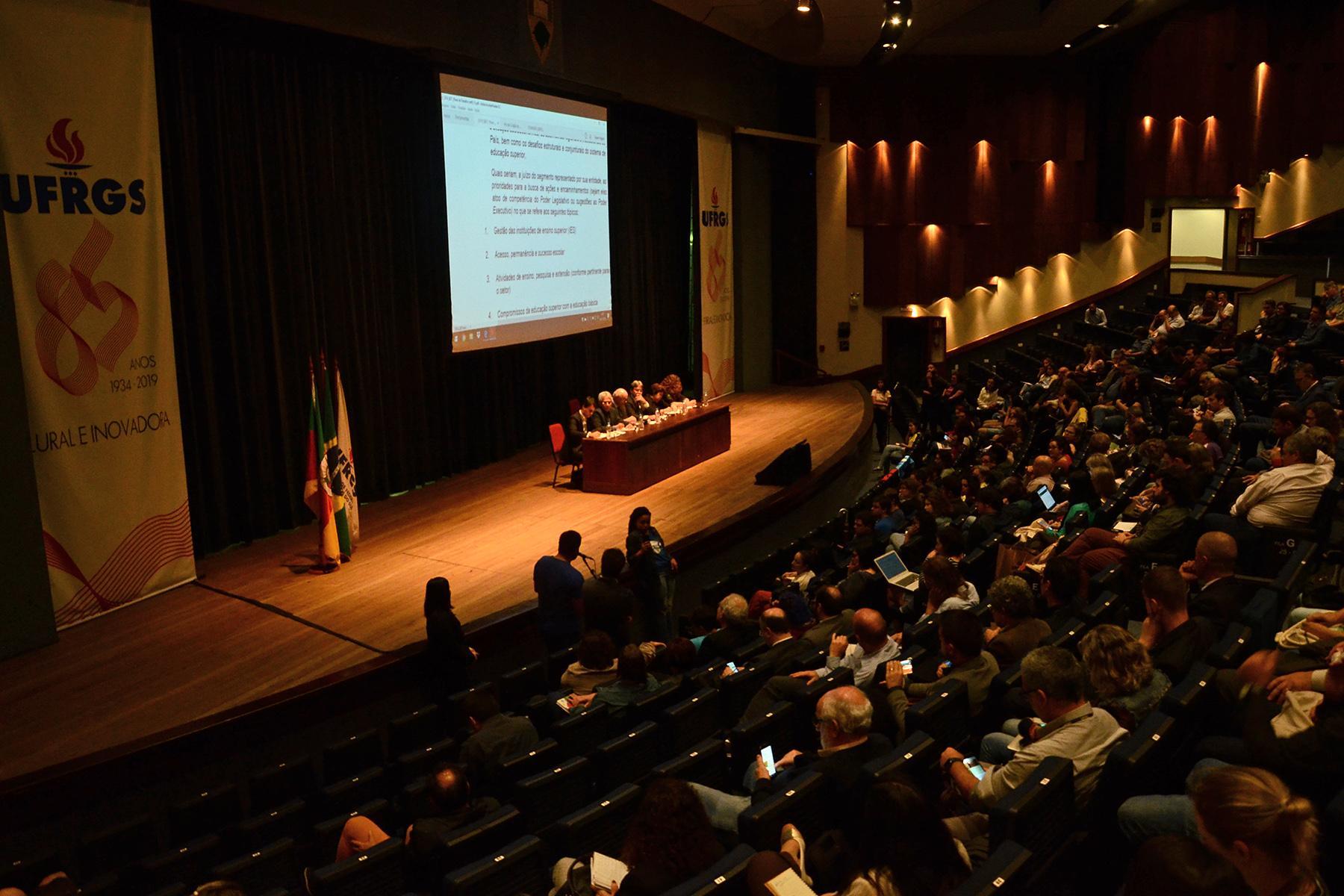 Reunião de GT da Câmara dos Deputados sobre Educação Superior acontece na UFRGS.