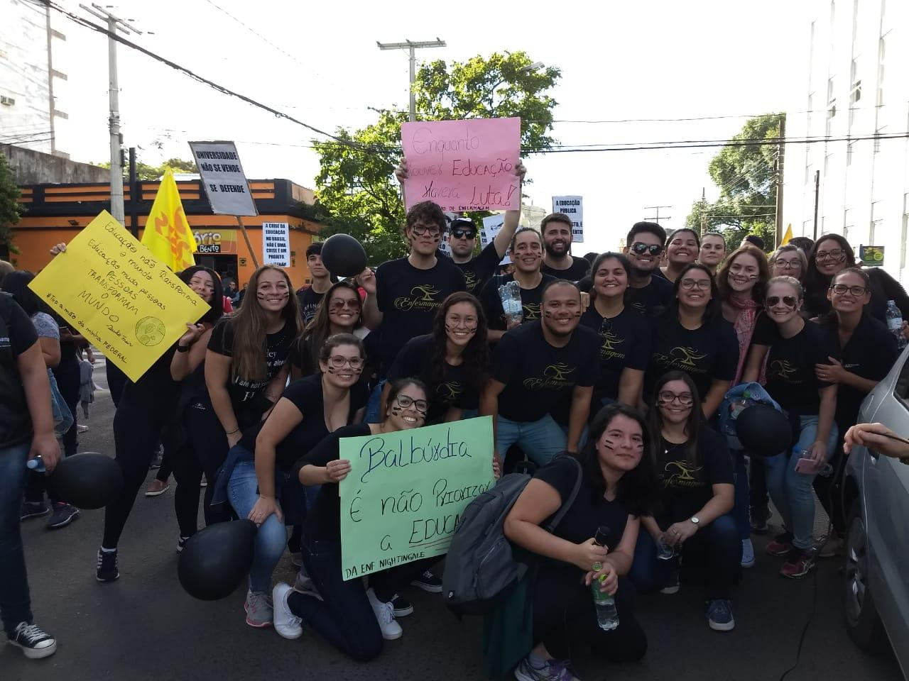 Uruguaiana reuniu a comunidade em manifestações no centro da cidade. Fotos: Divulgação