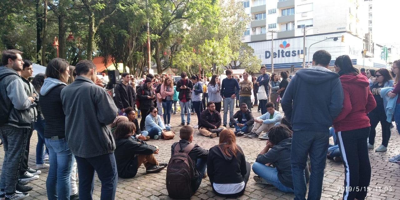 Em Bagé, aulas e oficinas aconteceram na Praça. Fotos: Denise Quines