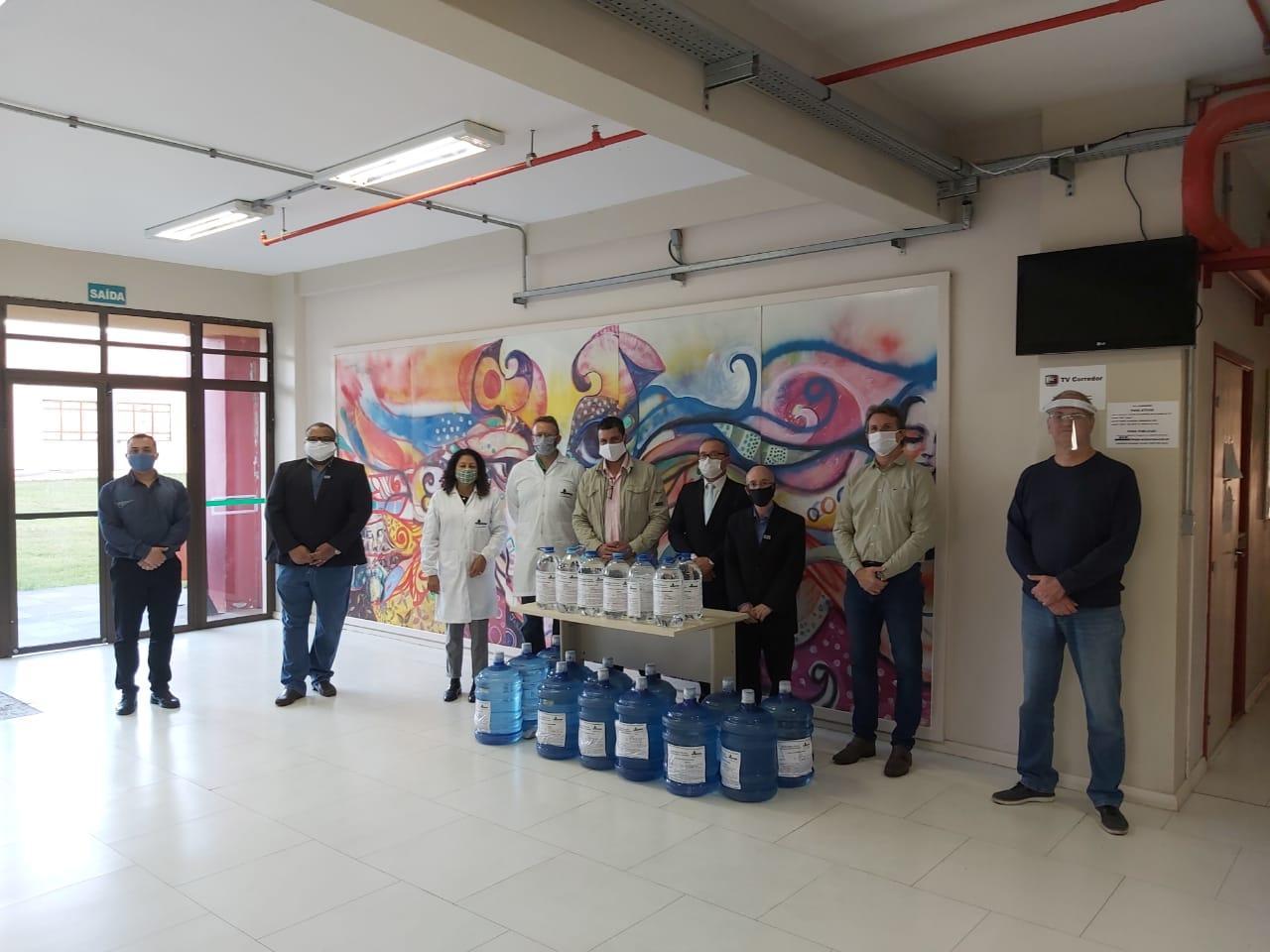 Unipampa e Receita Federal entregam álcool 70% ao município de Candiota