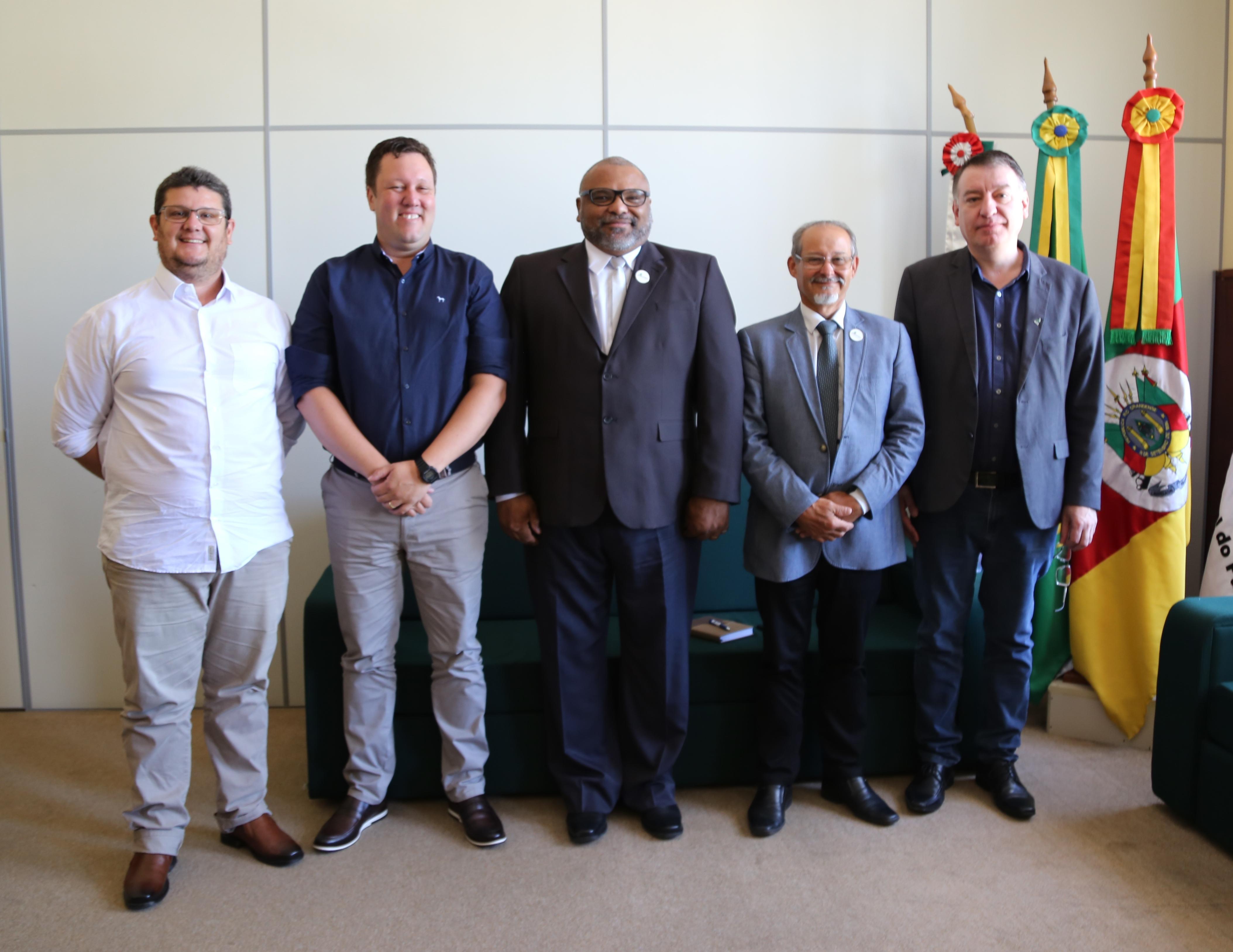 Unipampa e UFFS reúnem-se para tratar pautas interinstitucionais - Foto: Franceli Couto/Unipampa