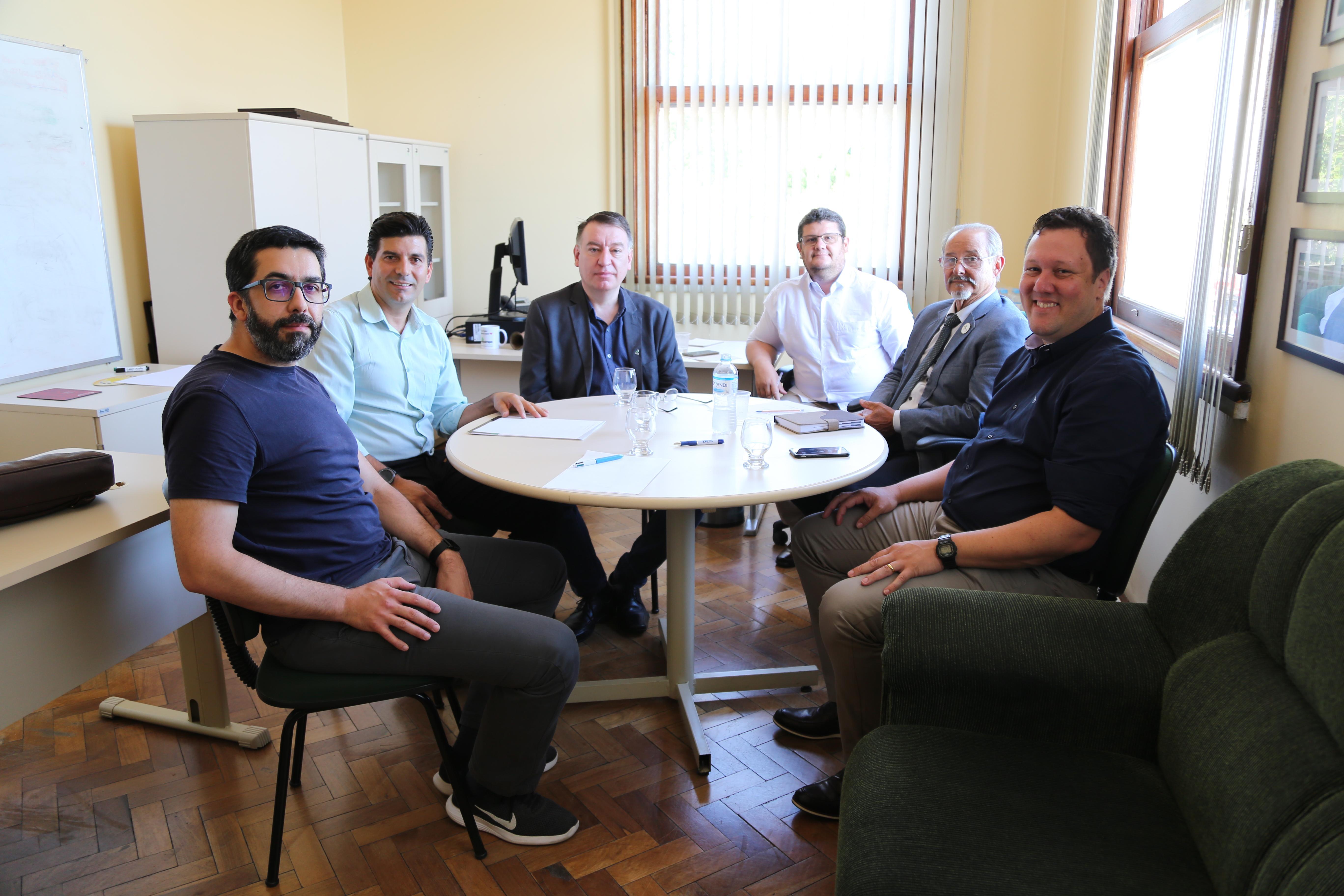 Reunião entre a UFFS e a DTIC da Unipampa - Foto: Franceli Couto/Unipampa