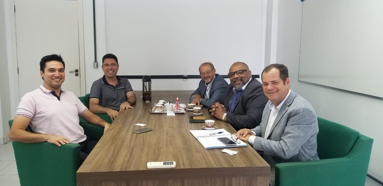 Reunião com Famurs ocorreu no PampaTec.