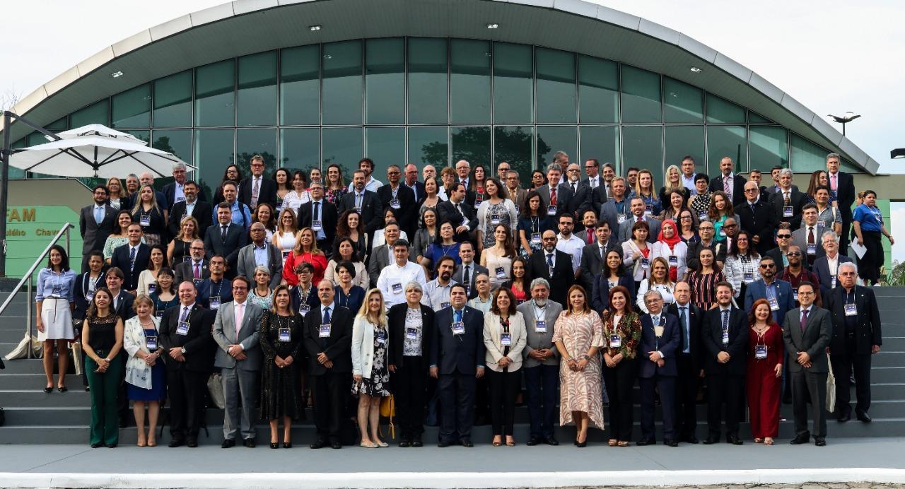 Reitor participa da XII Assembleia Geral e XI Seminário Internacional do Grupo Coimbra de Universidades Brasileiras (GCUB).