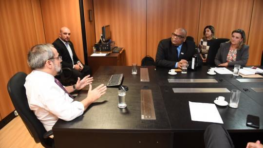 Em reunião, Unipampa e MEC tratam sobre questões orçamentárias e demais